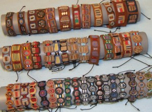 Оригинальные изделия кожаных браслетов из кожи