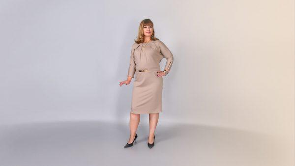 Женская одежда больших размеров может быть стильной и привлекательной